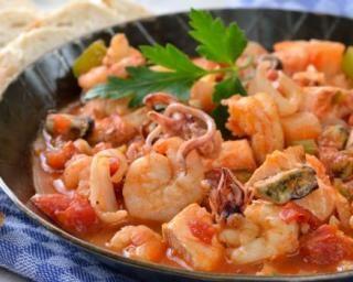 Ragoût minceur de la mer à l'italienne : http://www.fourchette-et-bikini.fr/recettes/recettes-minceur/ragout-minceur-de-la-mer-litalienne.html