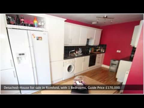 George Street, Romford Centre 1 bed detached house for sale - £170,000