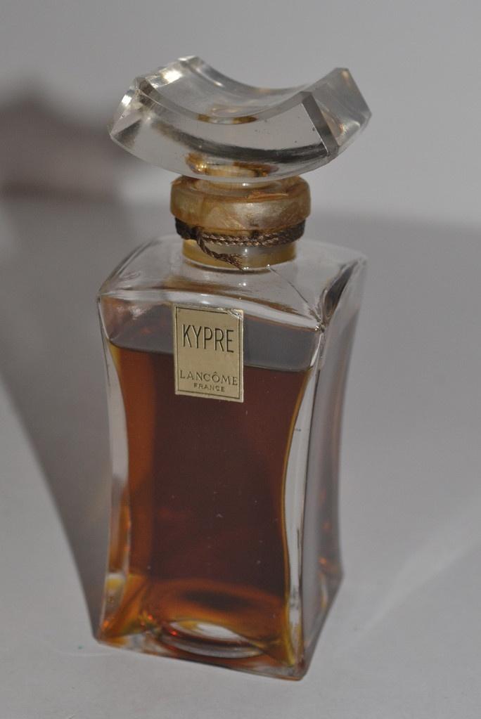 55 besten parfums fantastiques bilder auf pinterest kerzen pfingstrosen und sorbet. Black Bedroom Furniture Sets. Home Design Ideas