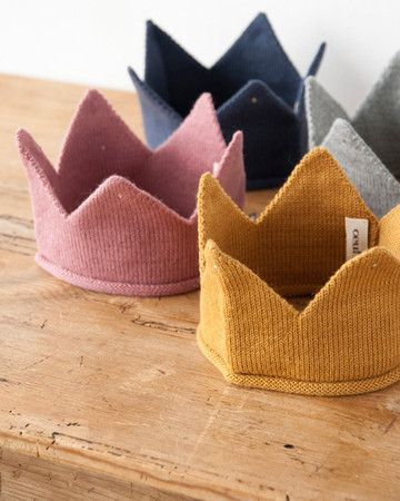 Oeuf Knitted crown--I know it's not crochet but I'm lumping them all together