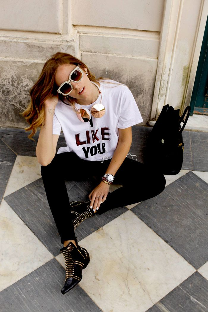 Don't miss the last post on The Blonde Salad by Chiara Ferragni with TOM FORD sunglasses.  New post:
