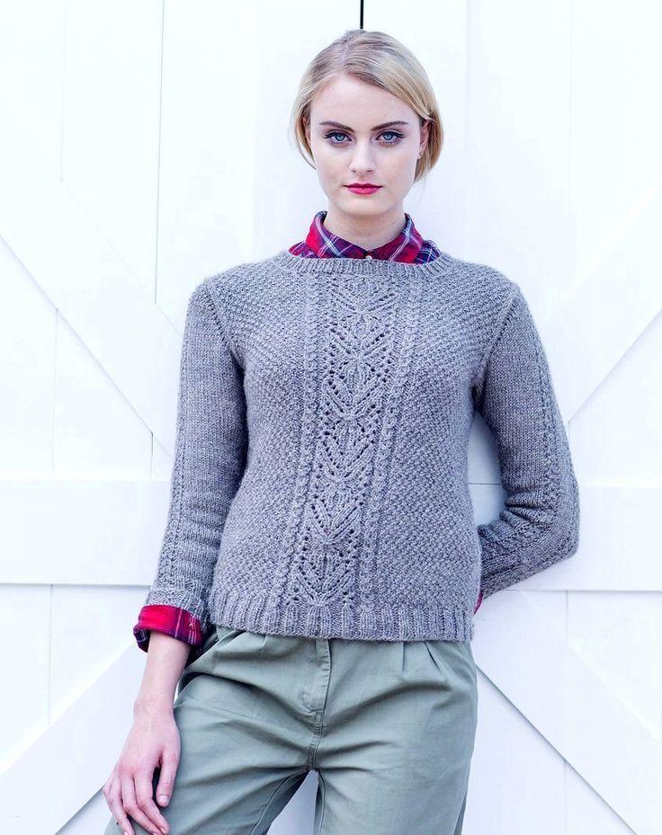 Вязаный пуловер женский MacGowan с центральным фактурным узором от дизайнера Quenna Lee из журнала Interweave Knits Winter (зима) 2016.
