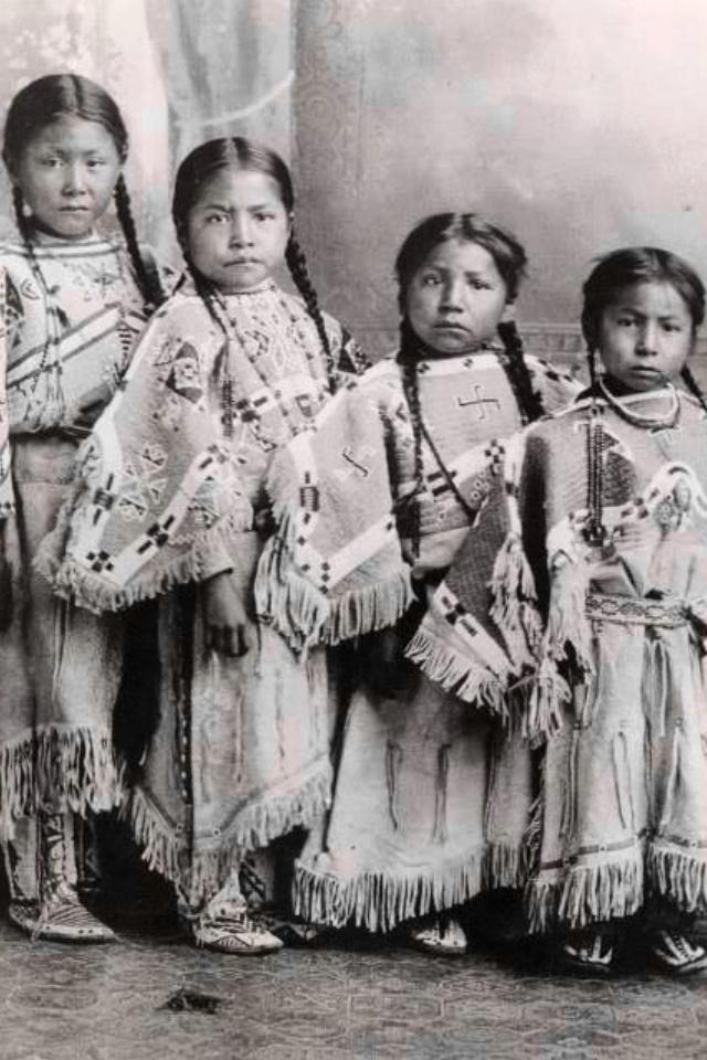 Lakota girls