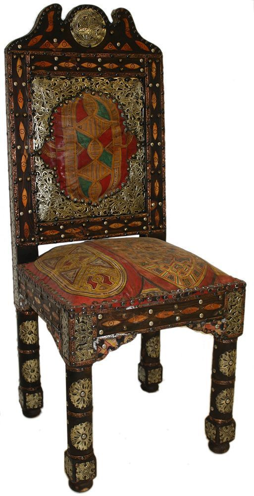 Perfect #gypsy #bohemian #morocco Leather Distressed Dining Chair  #hipandhumblehome.com