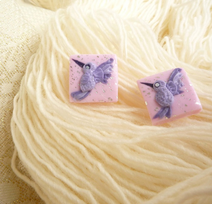 Tiny hummingbirds for your ears...