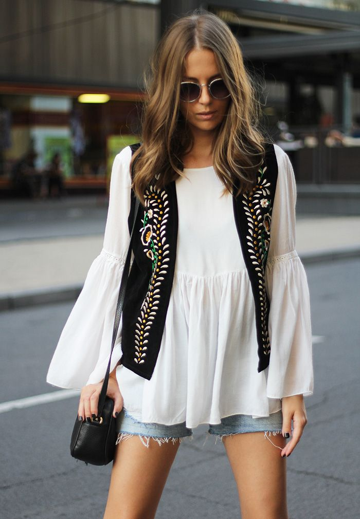 Embroidered waistcoat (Fashion and style)
