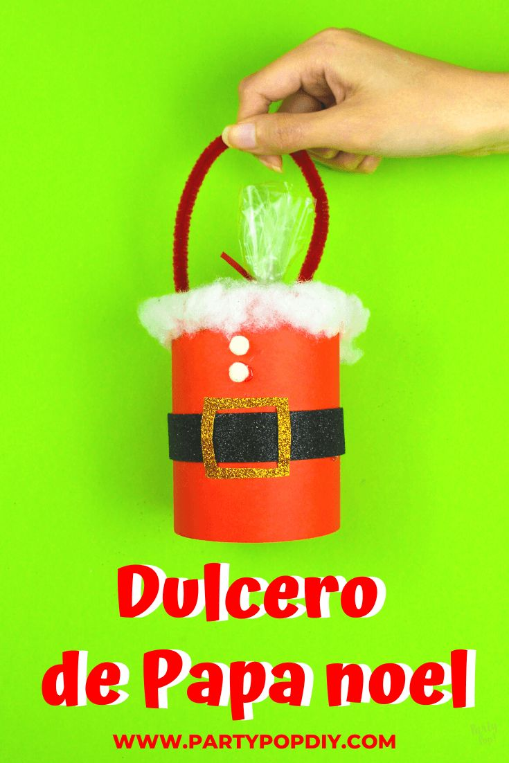 Dulcero de papa noel #papanoel #santa #dulcero #manualidades Ideas para navidad Dulceros navideños #navidad Baby Shower, Straw Bag, Diy, Cakes, Recycled Tin Cans, Birthday Cards, Sachets, Christmas Ornaments, Parties Kids
