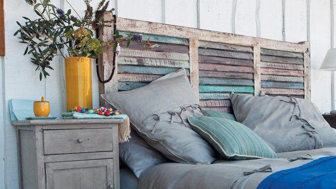 10 idées récup' pour créer une tête de lit // http://www.deco.fr/diaporama/photo-idees-recup-pour-creer-une-tete-de-lit-48503/ #recup