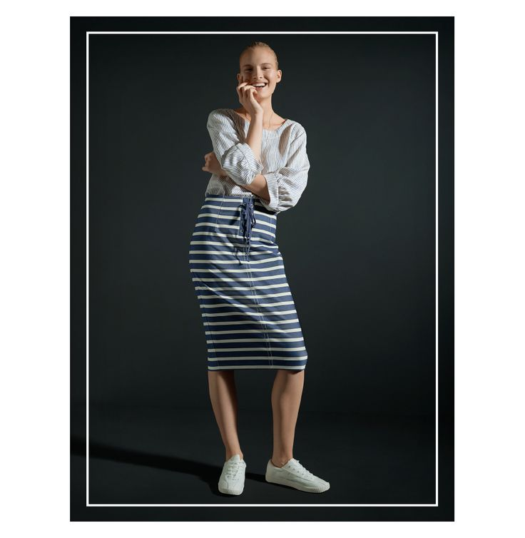 Stripes across in the skirt is perfect for an Inverted Triangle.