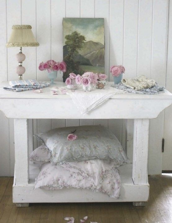 753 best shabby cottage images on pinterest bedrooms for Diy shabby chic bedroom