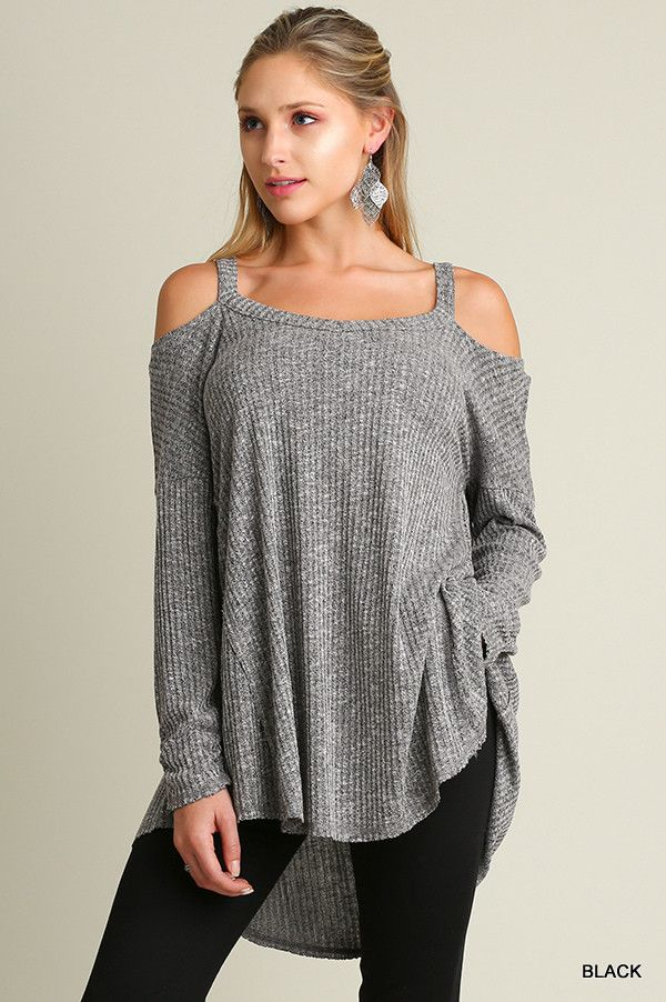 The Lindsey Cold Shoulder tunic is the perfect go-to top for the upcoming chilly weather. Cozy up this Fall season in this tunic and leggings. The Lindsey Cold Shoulder tunic features ribbed fabric, h
