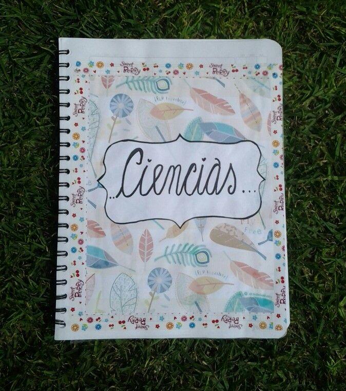 Exelente idea para las caratulas de nuestros cuadernos ♥ Facil y Rapido ♥