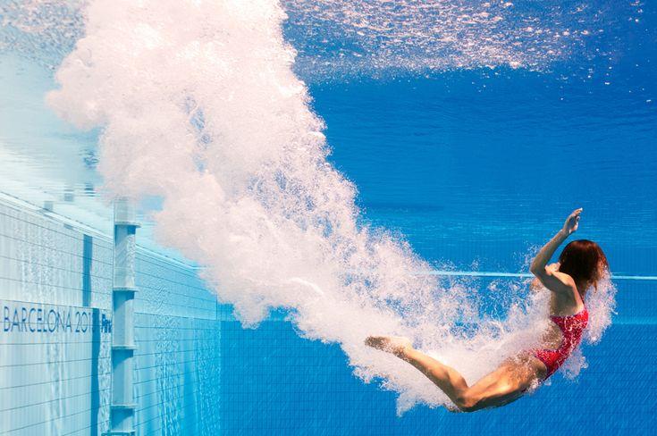 Imagine realizată cu o cameră subacvatică: Paola Espinosa înoată către suprafaţă, după o săritură în timpul probei de sărituri în apa - 3 metri - trambulină, din cadrul Campionatelor Mondiale Fina, desfăşurate în Barcelona, joi, 25 iulie 2013. (  Francois Xavier Marit / AFP  ) - See more at: http://zoom.mediafax.ro/sport/best-of-sports-iunie-iulie-2013-11229606#sthash.W1JFg5Uf.dpuf