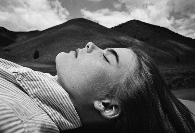 Brian Lanker, actress Mariel Hemingway, 1979. (Eugene: Brian Lanker, From the Heart - L'Œil de la photographie)