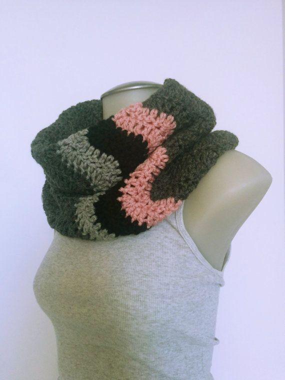 Cozy Crochet Cowl Infinity Scarf Chevron Print by TillysCozyHooks #chevroncowl#cozycowl#infinitycowl #infinityscarf#chevronprint#winterstyle #ladiesfashion#ladiesstyle#winterfashion #winterstyle#womensfashion#womensstyle #crochetcowl#knittedcowl#winteraccessories #fallfashion#fallstyle#autumnstyle #autumnfashion