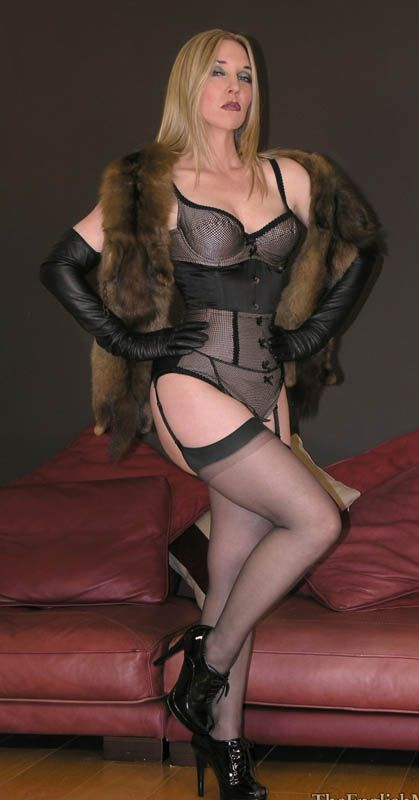Lucy Nylon Stockings Fur Melody The Shape Maker