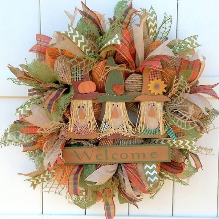 scarecrow welcome by whimsy wreaths whimsywreaths fallwreath autumnwreath