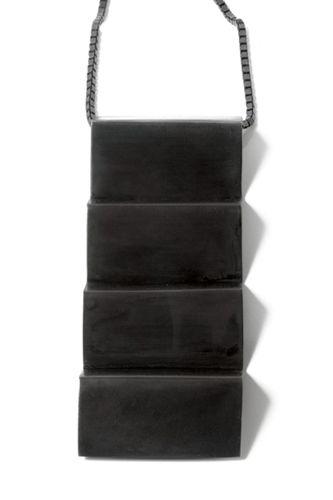 Vitsø Zigzaghalskæde – Stor halskæde i oxyderet sølv - Tinga Tango. #smykker #vitsø #oxyderetsølv#halskæde