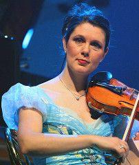 Freya Cremers (Violin, Clog Dancer); 1 Jan 2008