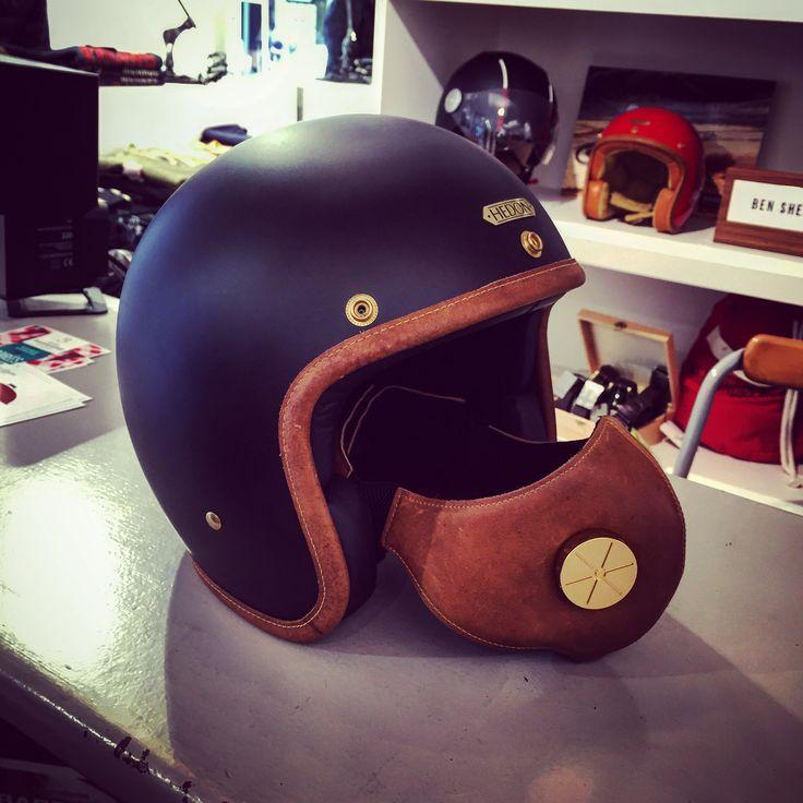 Hedon helmet helmets pinterest accessoire for Maison classique curitiba venda