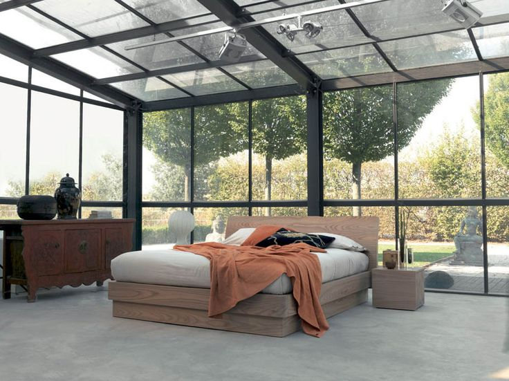 ICARO - BED WITH CURVED HEADBOARD AVAILABLE WITH OR WITHOUT STORAGE BOX.  http://www.fimarmobili.com