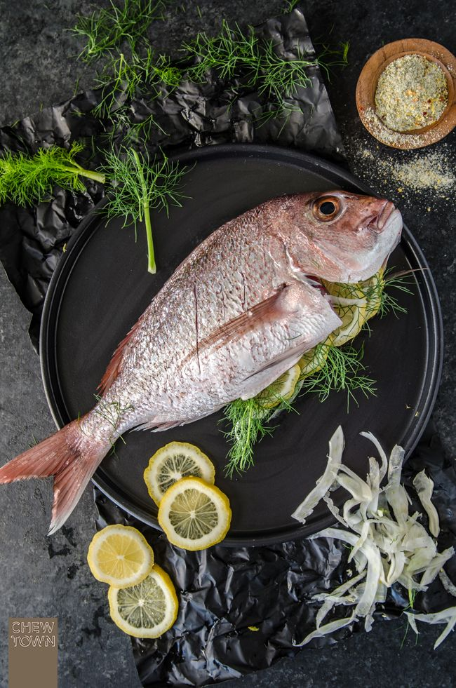 WHOLE BAKED SNAPPER WITH FENNEL AND LEMON. Ooooh! can't wait to have this with wine! #fish #recipe