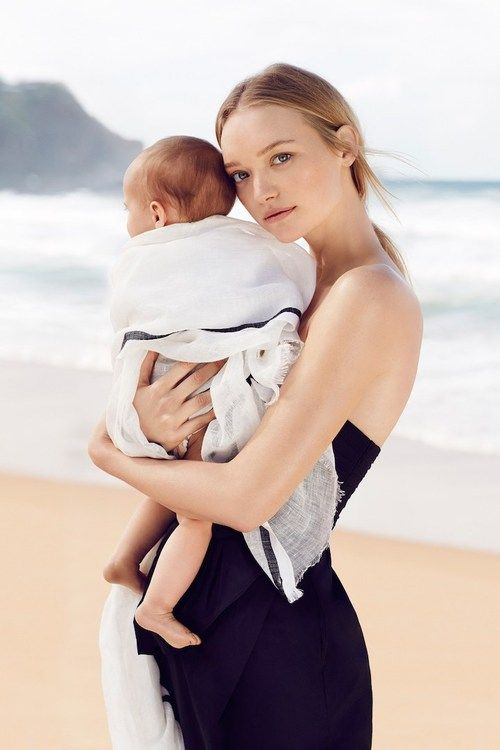 Gemma Ward and her daughter