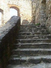Hrad Rabí - vchod do královského paláce