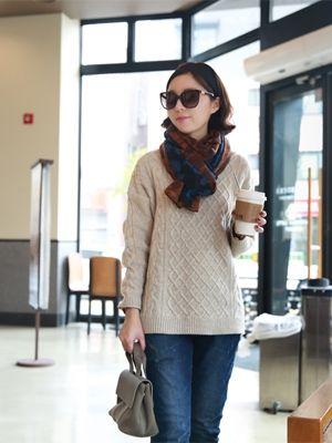 korean fashion online store [COCOBLACK] BB Leo muffler / Size : FREE / Price : 25.21 USD #korea #fashion #style #fashionshop #cocoblack #missyfashion #missy #acc #leopard #muffler