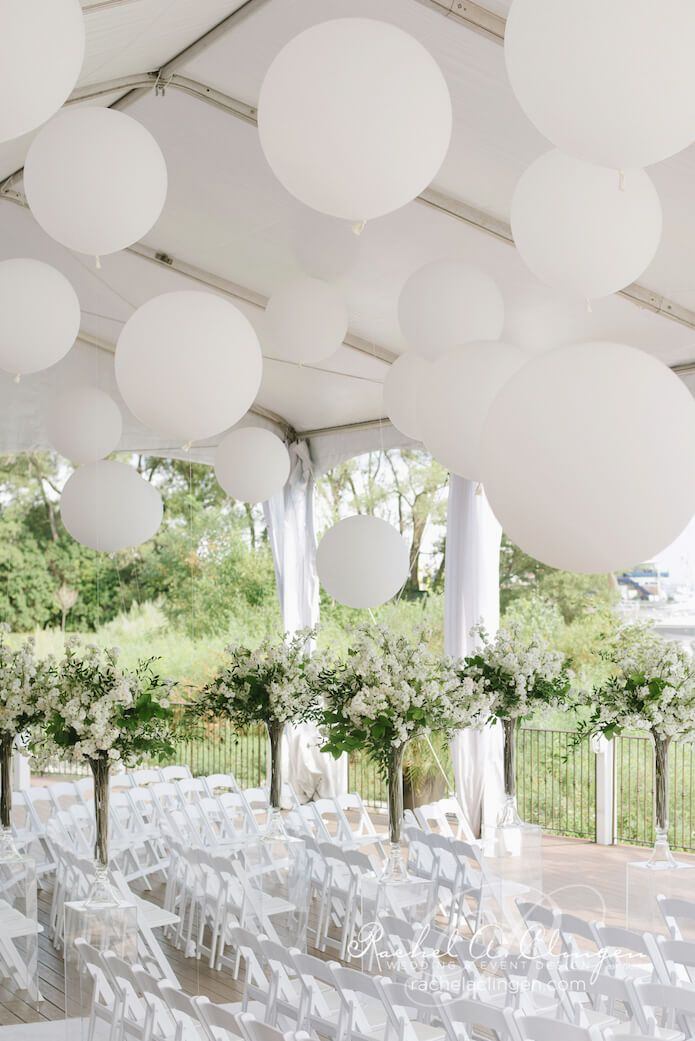 Best 25 large balloons ideas on pinterest giant for Ballon wedding decoration