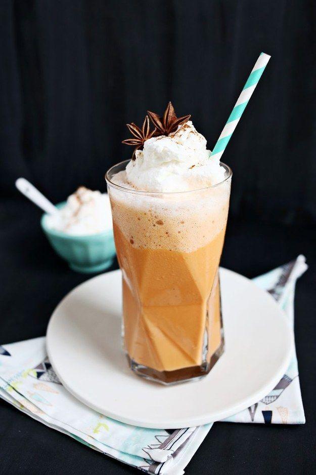 Té helado tailandés frappé