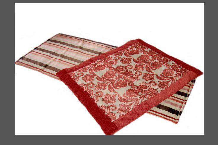 unico tappeto con elementi sovrapposti