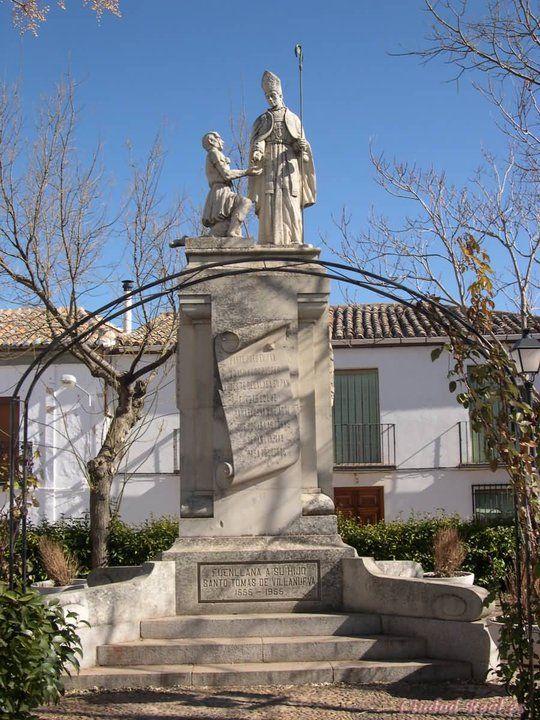 Plaza del santo Tomas!! Fuenllana Ciudad real