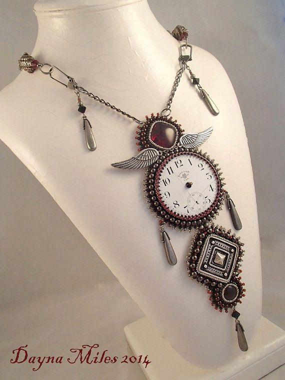 Josephine - Steampunk junio Desafío Bead Embroidery Collar