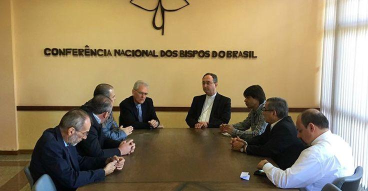 Bispos da CNBB reafirmam apoio aos trabalhadores e aos direitos da Constituição Federal de 1988