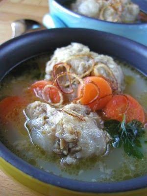 Sop Buntut ||| Zuppa di Coda di Bue. (Recipe in Italian, from PuraCucina) #italiano #indonesiano