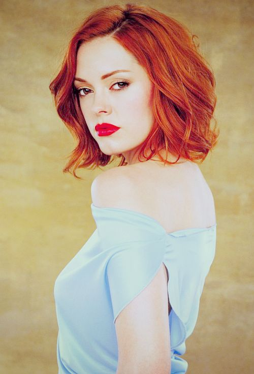 Rose McGowan... I wish I could look this great being so pale I just look like a zombie
