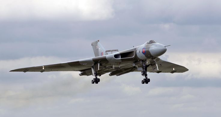 The Avro Vulcan flypast at RAF Waddington by Dave Byford on 500px