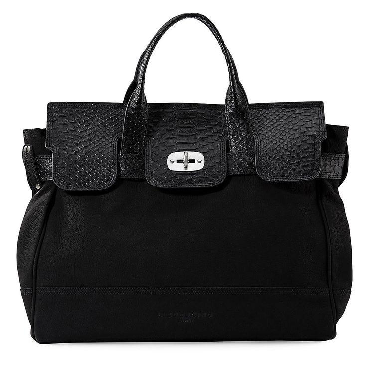 Schwarze Handtasche - in diesem Fall MIA von Liebeskind.