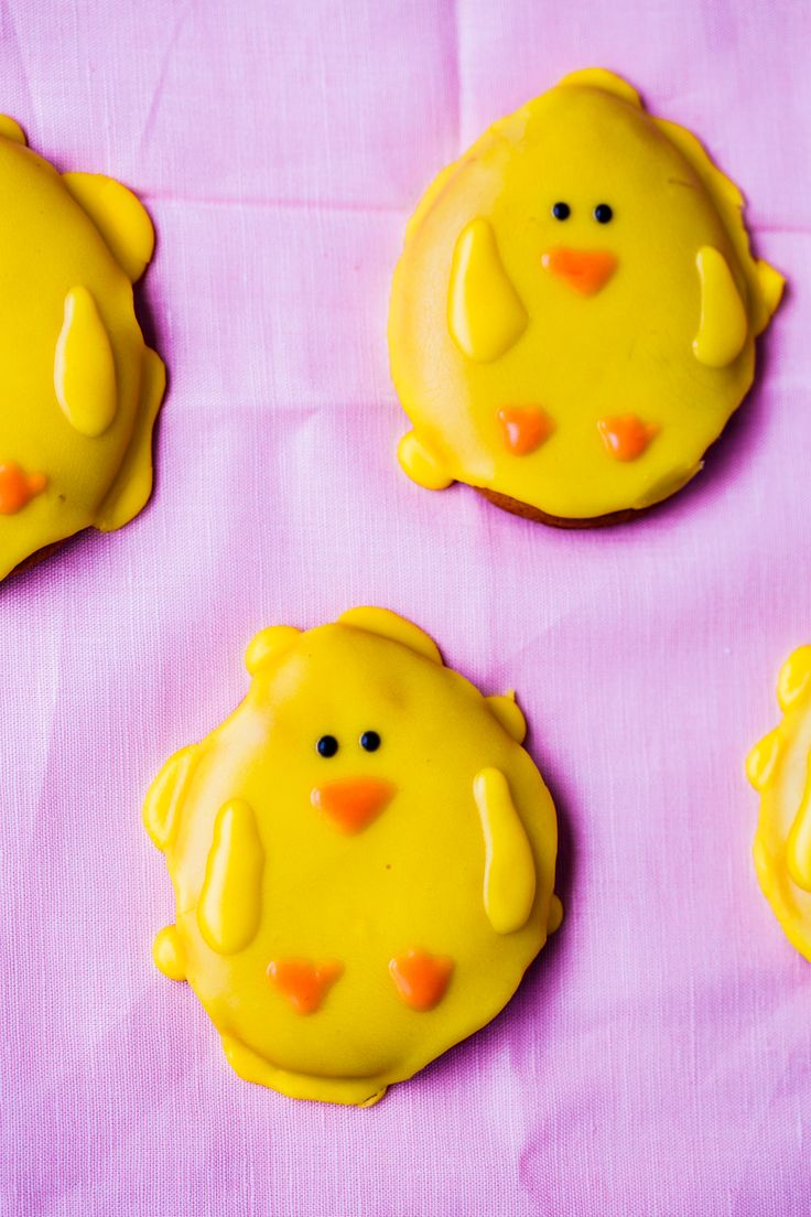 Thermomix Easter chick biscuits. Super delicious biscuits for the whole family. Recipe is simple to follow.