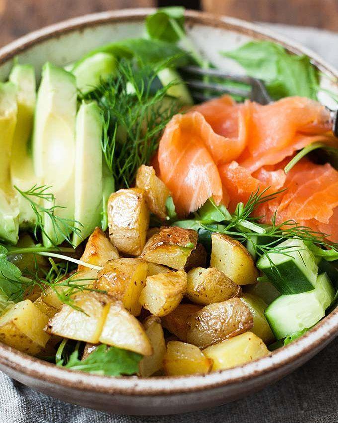Werbung. Super spätes Abendessen heute: Kartoffel Lachs Power Bowl mit Avocado!…