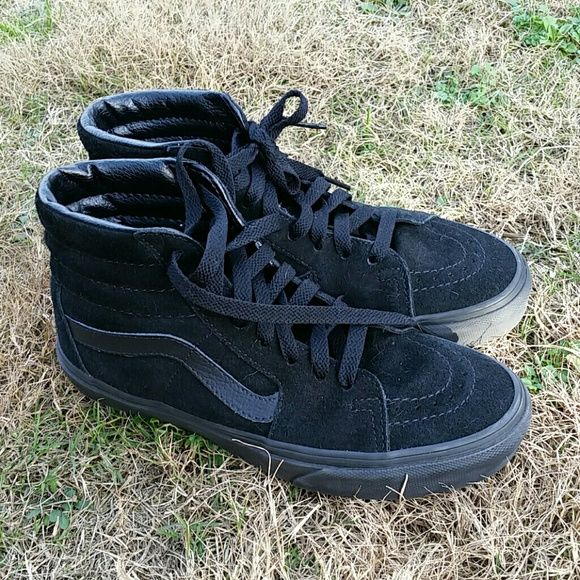 OFFER SALE Sk-8 hi black suede Vans Perfect condition sk8 hi vans.  Size Women's 6, men's 4.5 Vans Shoes