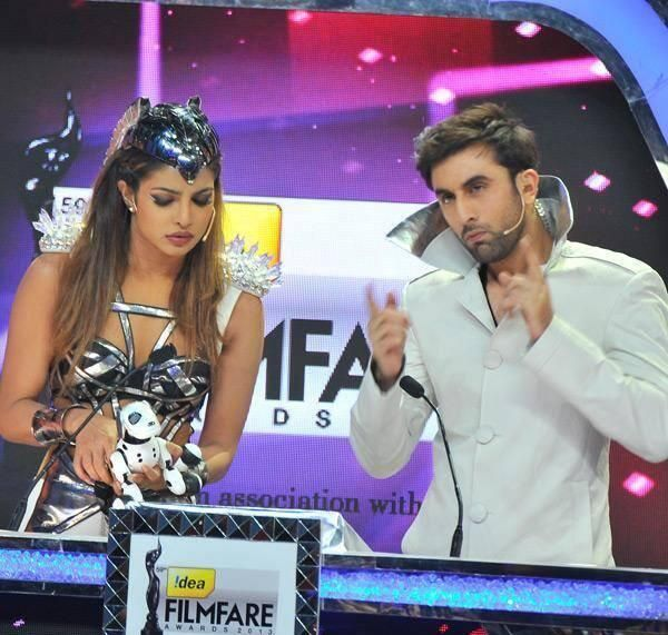 The stage was set for the biggest stars of #Bollywood to sizzle at the 59th #Filmfare Awards, and the stars did sizzle! Here's a sneak peak of the whole event.