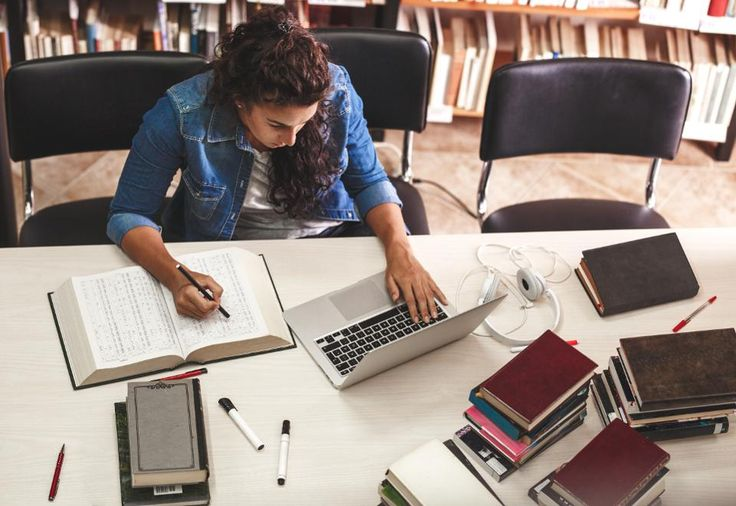When it comes to college majors, those in the science, technology, engineering and math fields are most useful as undergraduate degrees, a new study finds. Here's how they scored.