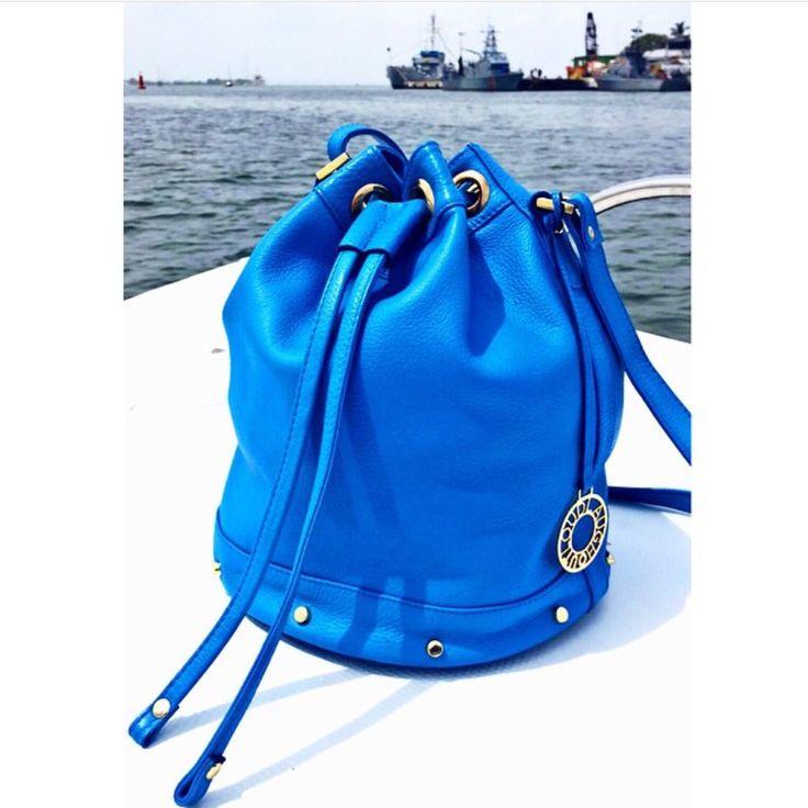 Blue blue blue bucket