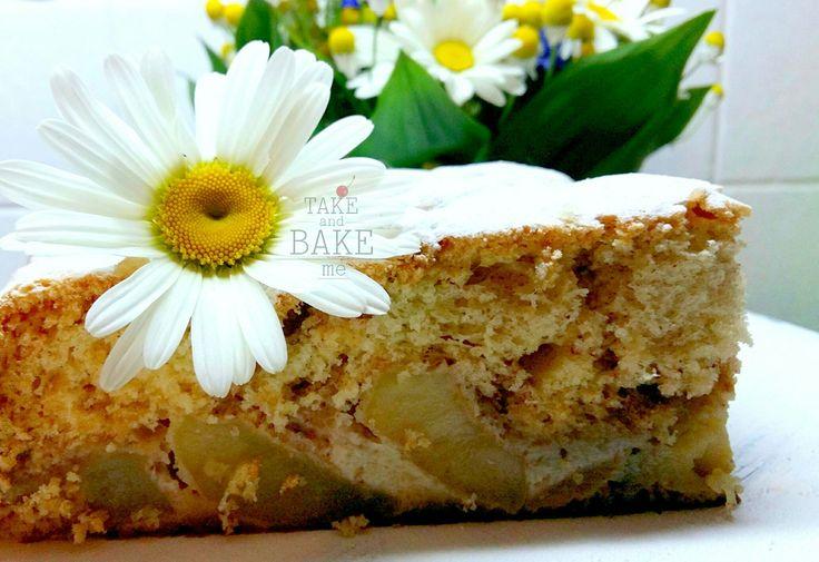 Шарлотка с яблоками. Вкусный😋 и простой пирог, шпаргалочка для любой хозяюшки, когда хочеться чего-то сладенького, на скорую ✋
