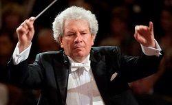 В одной из больниц Праги после продолжительной болезни скончался чешский дирижёр Йиржи Белоглавек (Jiri Belohlavek). Ем был 71 год. Белоглавек, дважды за свою успешную международную карьеру возглавлявший оркестр Чешской филармонии, был авторитетным знатоком чешского р