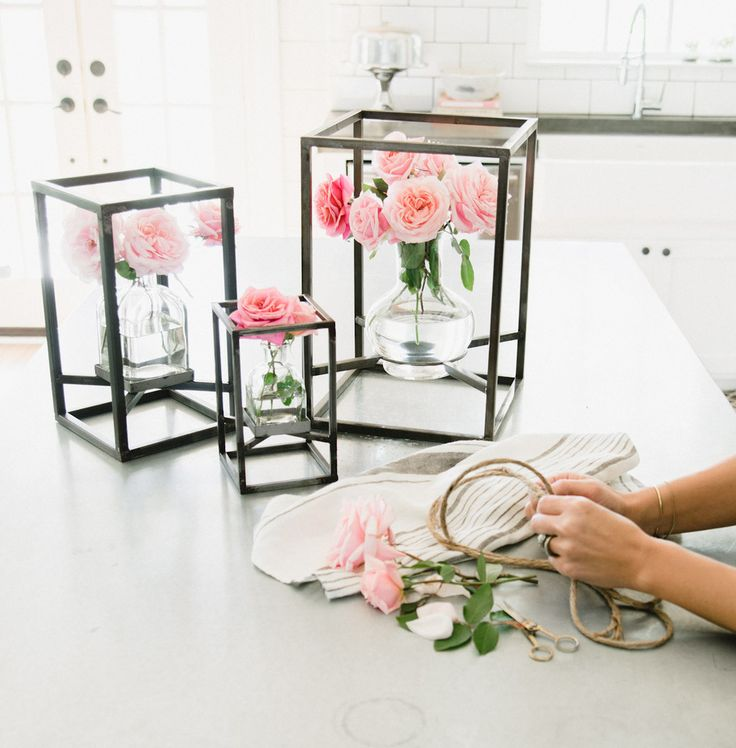 Our Metal Framed Vases are perfect for displaying greenery and adding interest and dimension to your space. They come in three sizes and feature metal frames wi