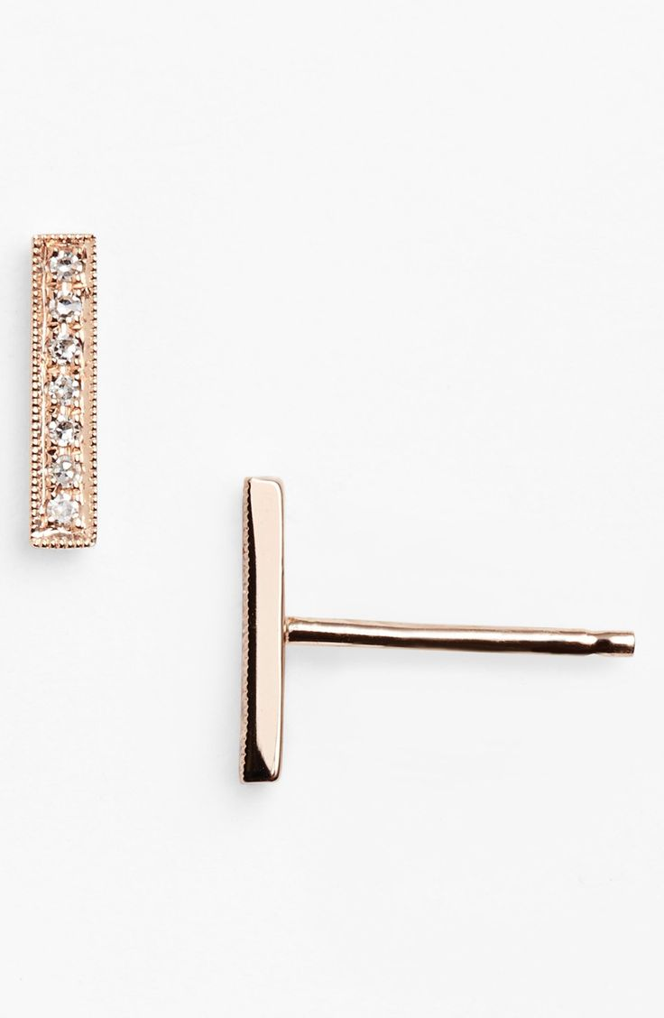 Love these sparkly rose gold diamond bar stud earrings.