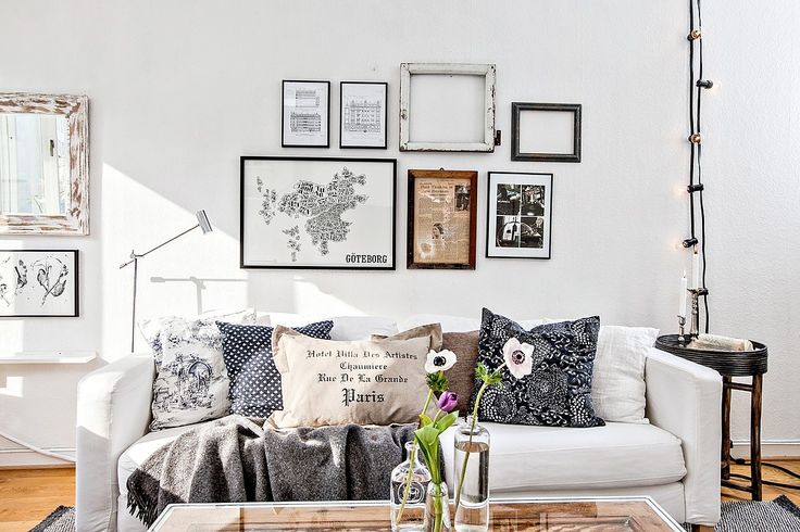 frames, pillows & lightbulbs to decorate living / via Bjufors